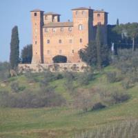 foto Castello Delle Quattro Torra