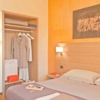 foto Hotel First