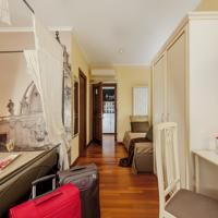 foto Le Suite Di Via Catone - Suite in Rome B&B